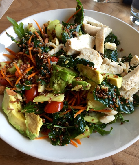 Salad or lunch recipe: spinach + kale + chicken