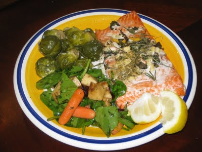 Stay Healthy Grilled Salmon and Green Sides